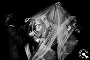 wedding documentary photographer in Zaragoza, Spain
